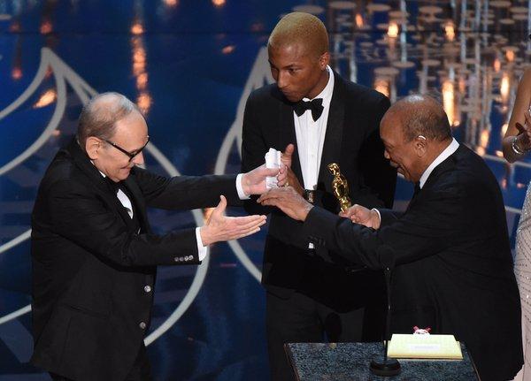 Ennio-Morricone-Oscar-Oscars-2016-222